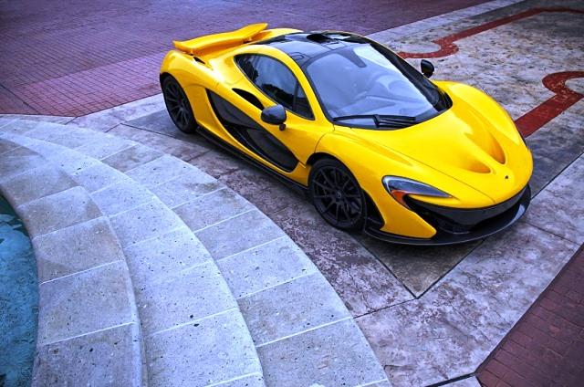 coche-amarillo